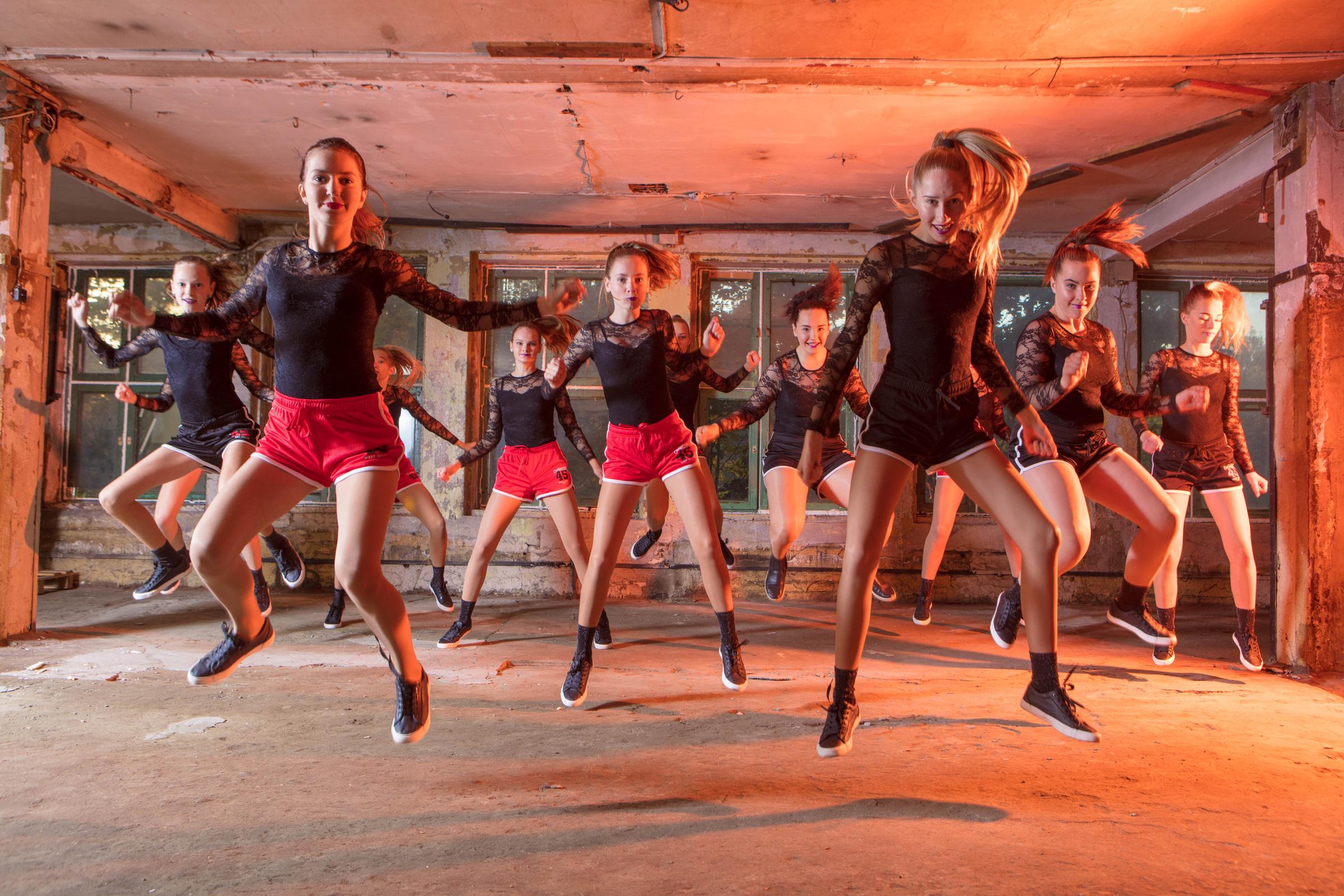 FACE-moe-ja-tantsukool-cheerleaders3