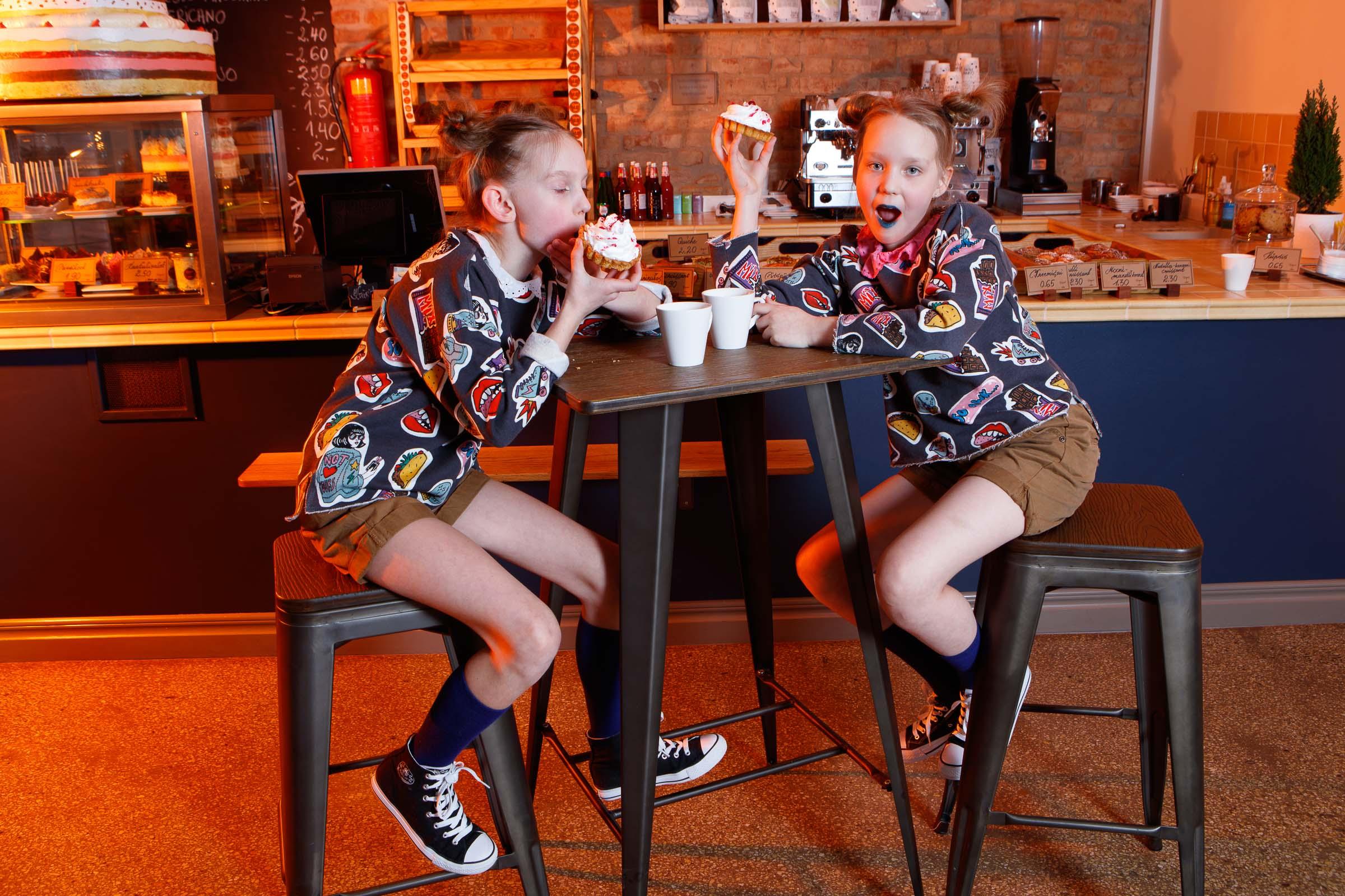 FACE-moe-ja-tantsukooli-tants-_Tort_-kohvikus-Caramel35