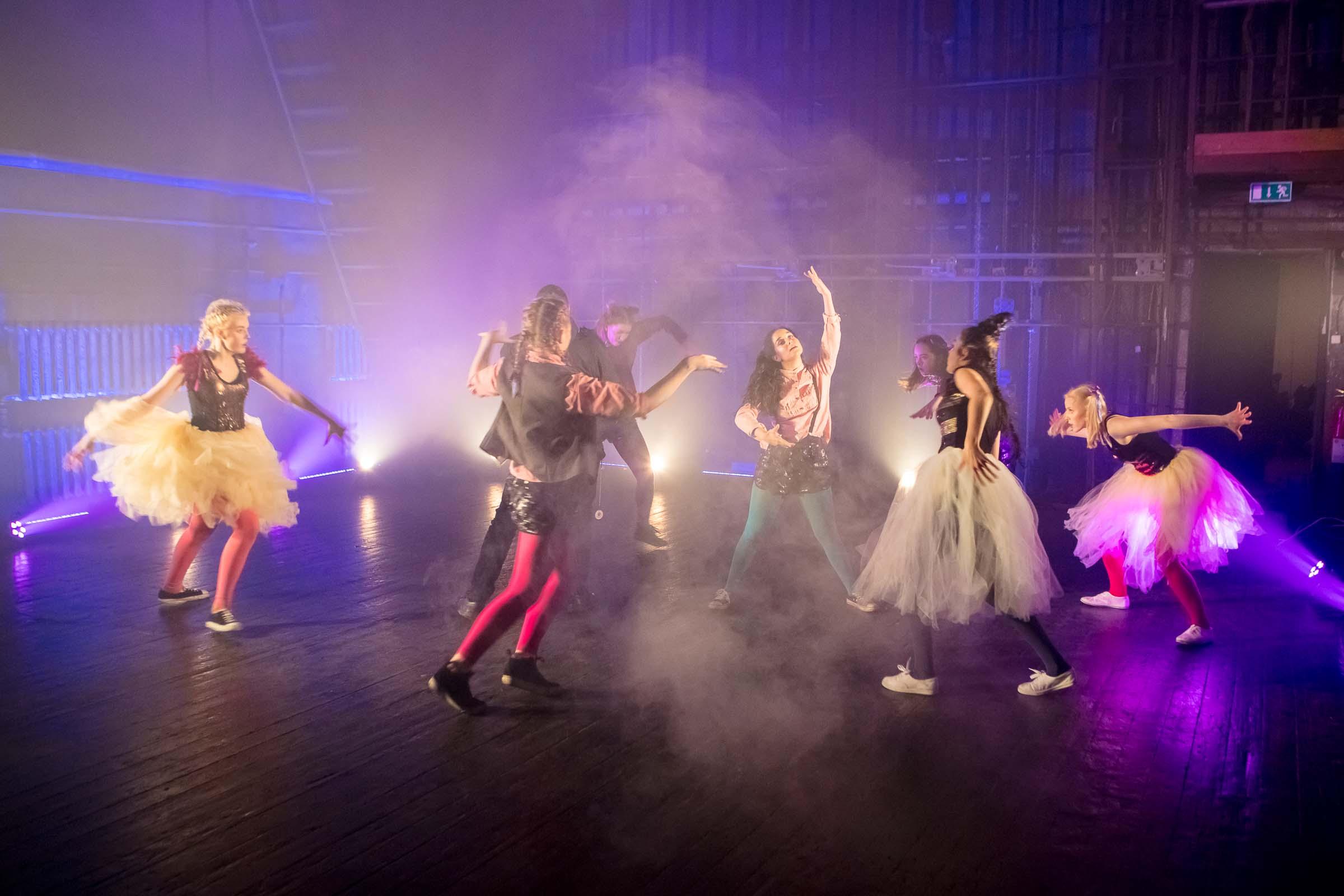 FACE-moe-ja-tantsukooli-tantsu-_Dolls_-video-filmimine7
