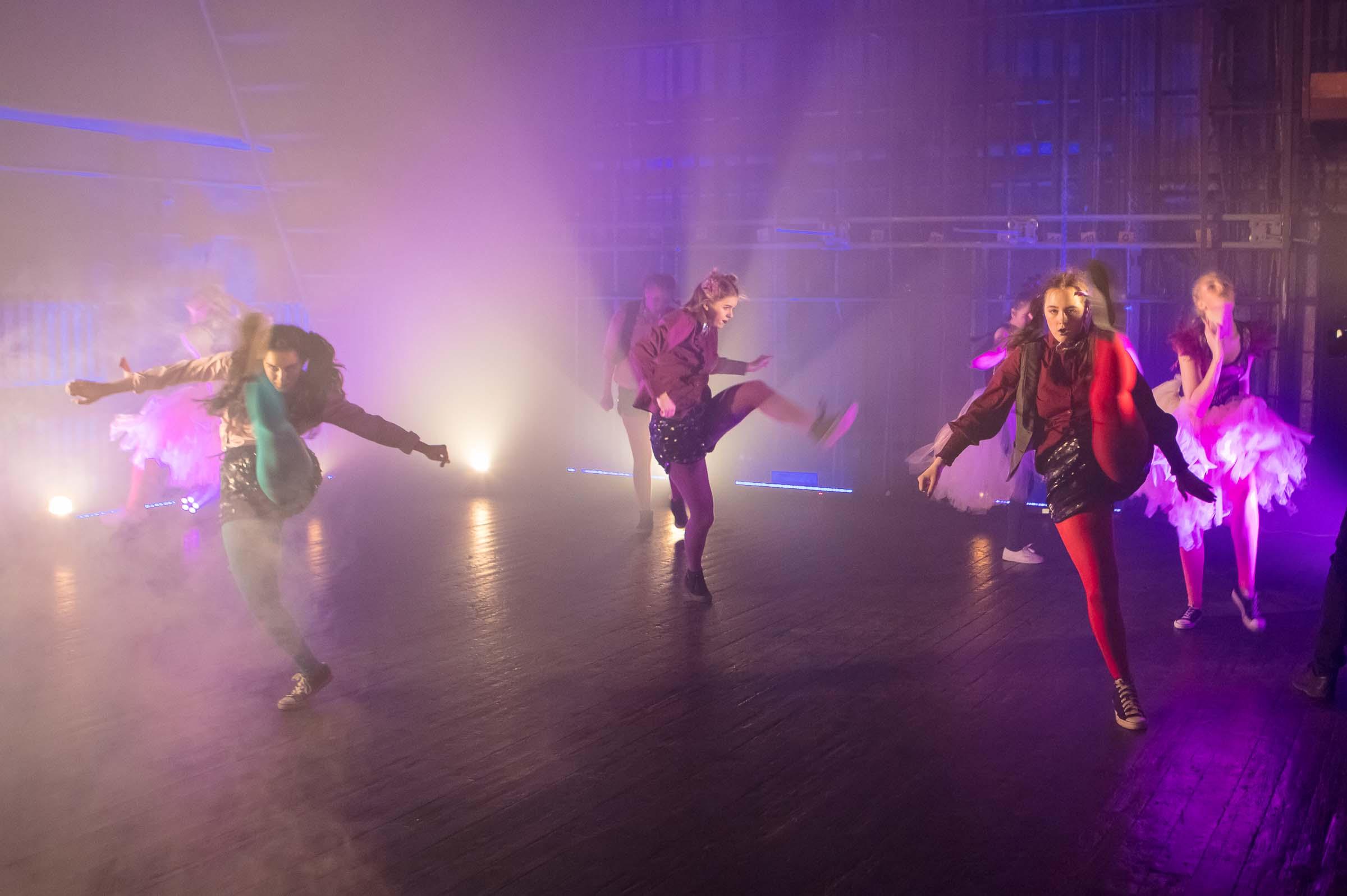 FACE-moe-ja-tantsukooli-tantsu-_Dolls_-video-filmimine9